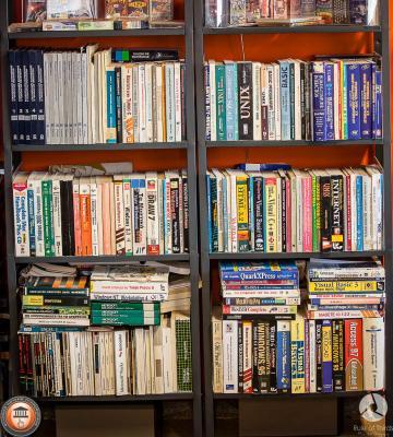 Βιβλία και εγχειρίδια