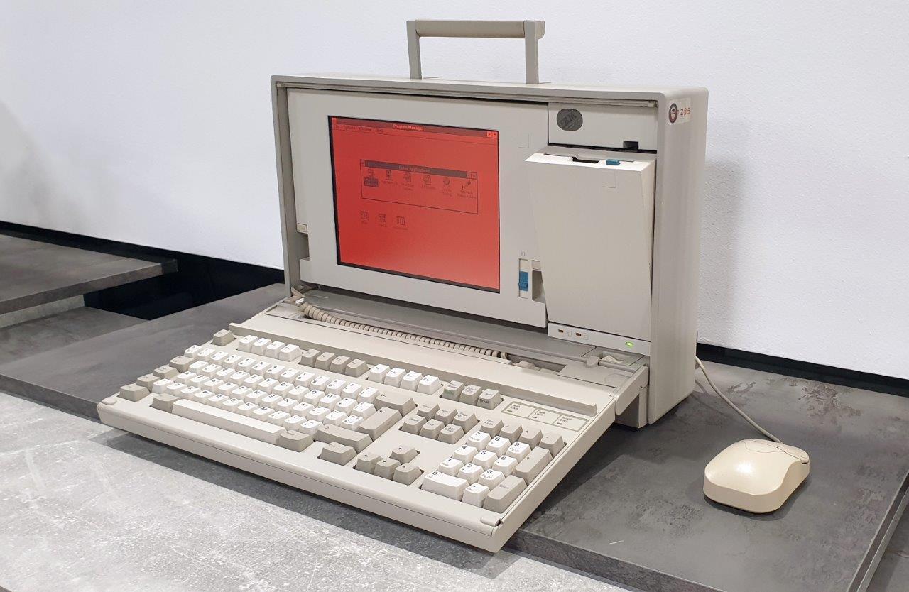 IBM Personal System2 Model P70 386_EXPOSURE_2