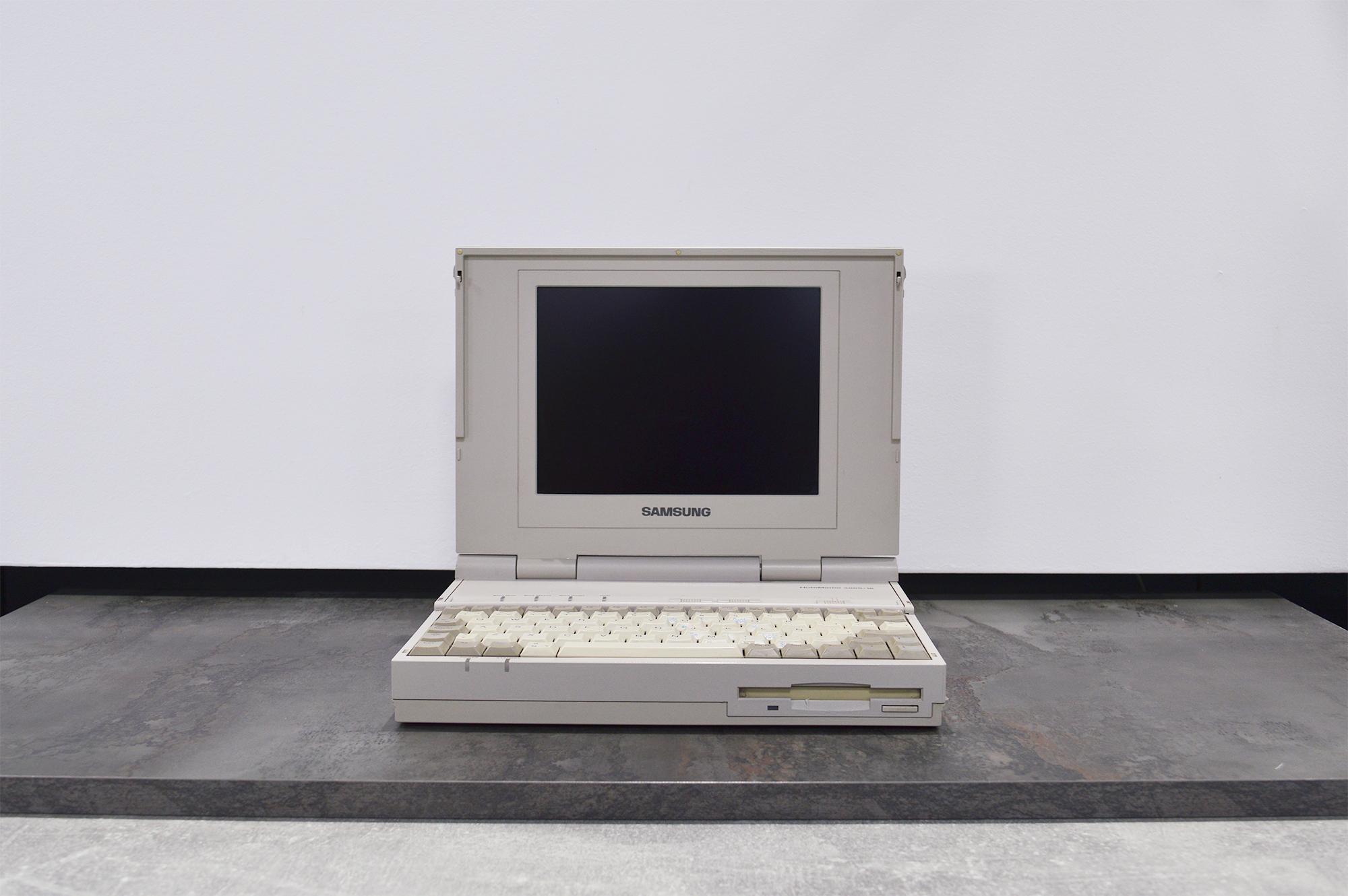 Smsung_laptop_1